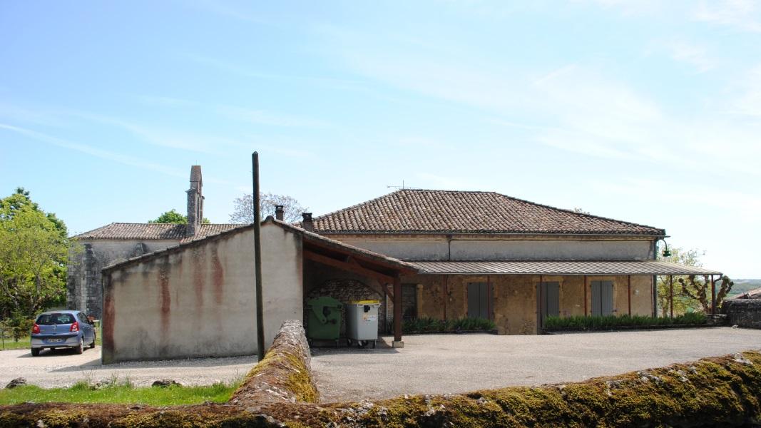 Vue 1 avant extension salle des fetes Montagudet